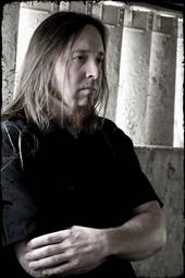 Eric, vocalist for Sicarus