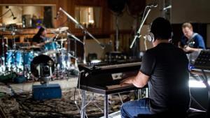 Dave+Grohl+Joshua+Homme++Trent+Reznor+TrentReznorDaveGrohlJoshuaHomm